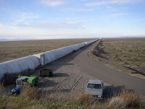 Northern arm of the LIGO interferometer on Hanford Reservation. Wikipedia, public domain.