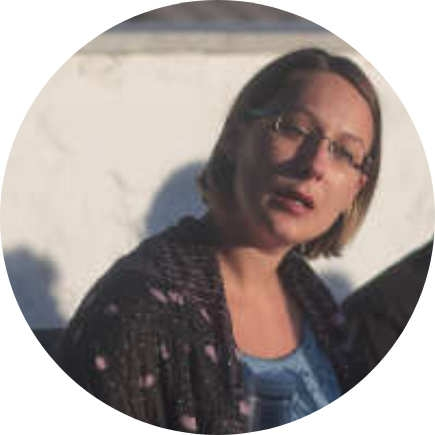 """DANA ALIC – Dana joined me as a postdoc in multimessenger astrophysics of supermassive black holes thanks to my B10 subproject of the SFB Transregio """"Gravitational Waves Astronomy"""". Dana is now Senior Analyst at the Deutsche Bank."""